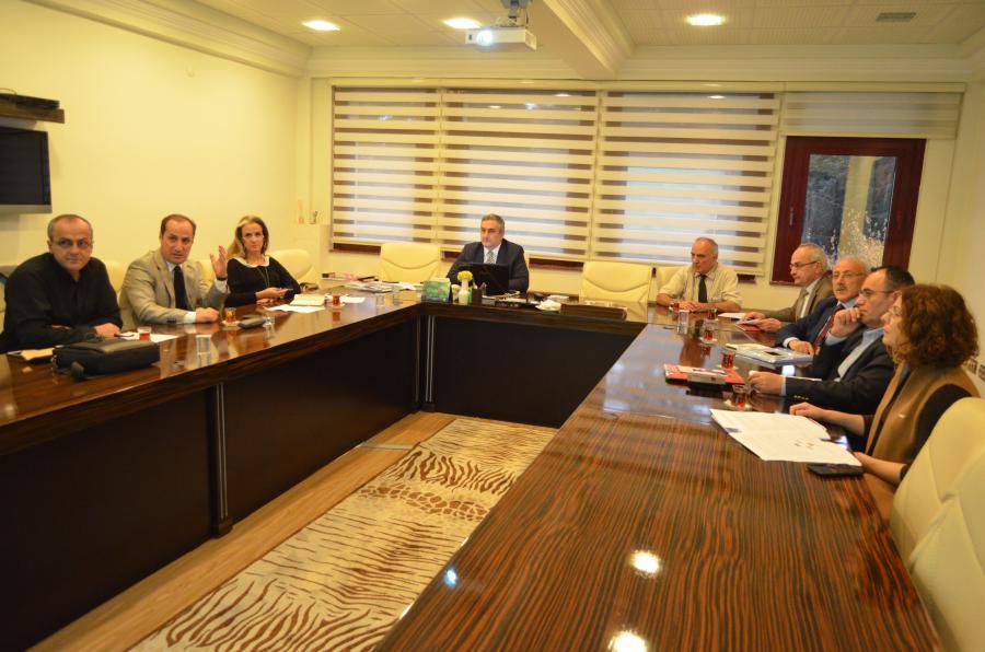 Kalite Komisyonu Durum Analizi çalýþmalarýna devam etti. (09.11.2017)
